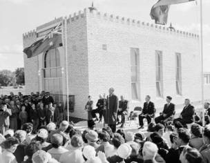 Dr Helmi, the Indonesian Ambassador to Australia, opens a mosque in Shepparton, Victoria, 1960. Photo from National Archives of Australia: A1501, A2360/2